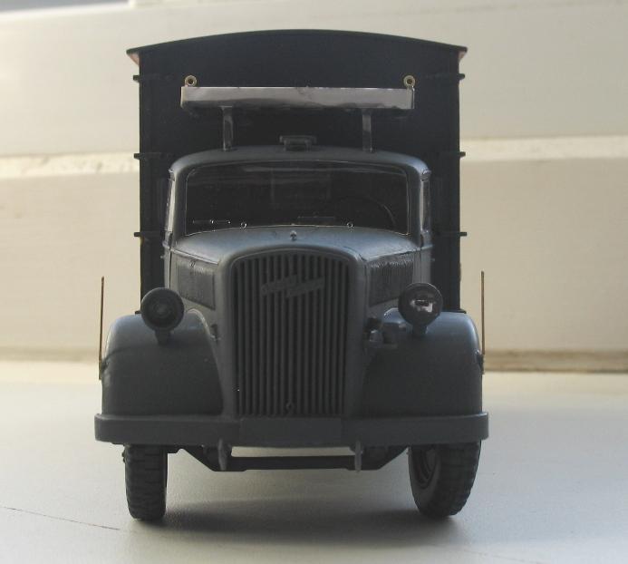 opel radio Italeri 1/35:opel blitz+grappe rabio du kit blitz tankwagen 1210290407486670110492781