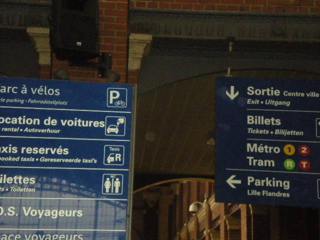 Het Nederlands in onze winkels, bedrijven en in de openbare ruimte 12103008463314196110497627