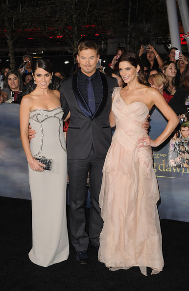 [12-11-12] Première 'Twilight' Breaking Dawn Par2 à LA 12111304261615567110548962
