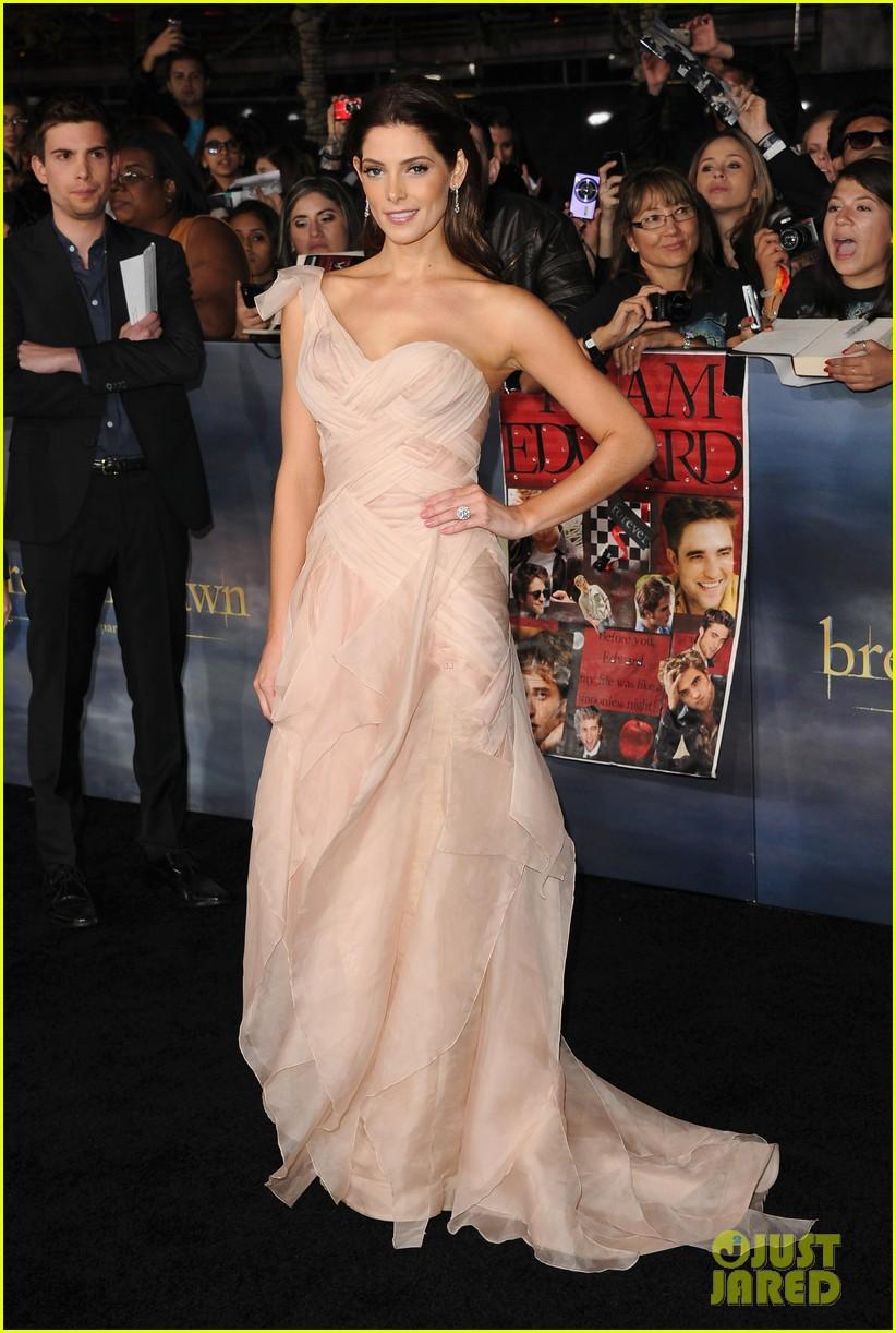 [12-11-12] Première 'Twilight' Breaking Dawn Par2 à LA 12111308334515567110547623