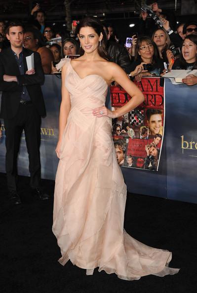 [12-11-12] Première 'Twilight' Breaking Dawn Par2 à LA 12111312062215567110548105