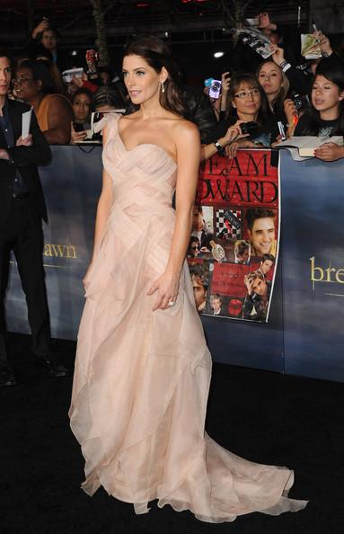 [12-11-12] Première 'Twilight' Breaking Dawn Par2 à LA 12111312062315567110548108