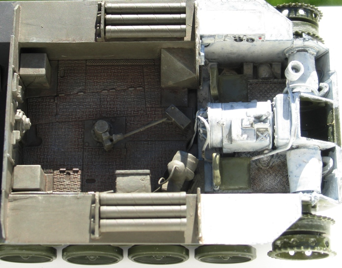 M-18 Hellcat  Académy 1/35 - Page 2 1211160304456670110558714