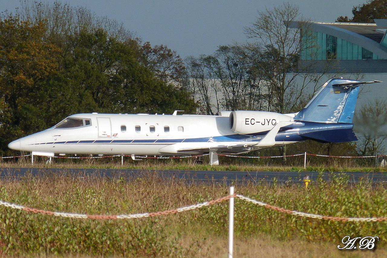 [BIZ JETS] L'Aviation d'Affaires de 2012... - Page 10 12111608275015701310559897