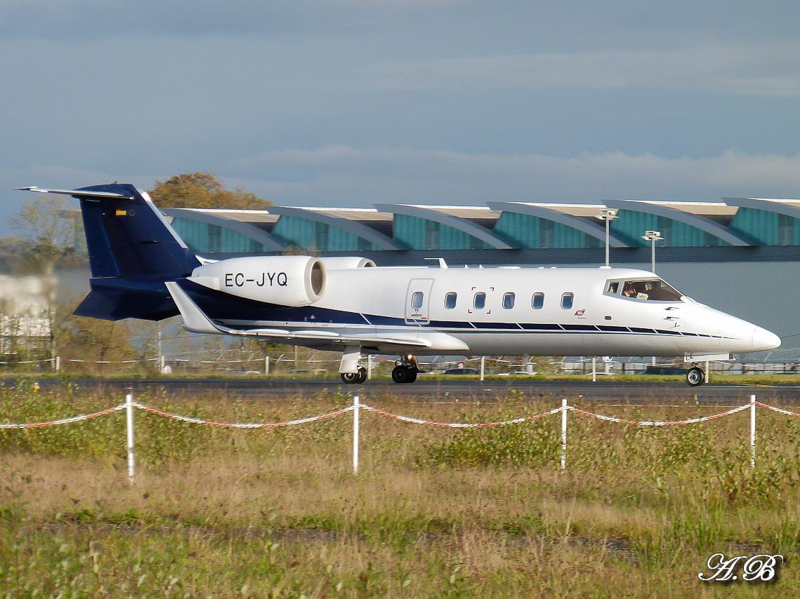 [BIZ JETS] L'Aviation d'Affaires de 2012... - Page 10 12111608275015701310559898