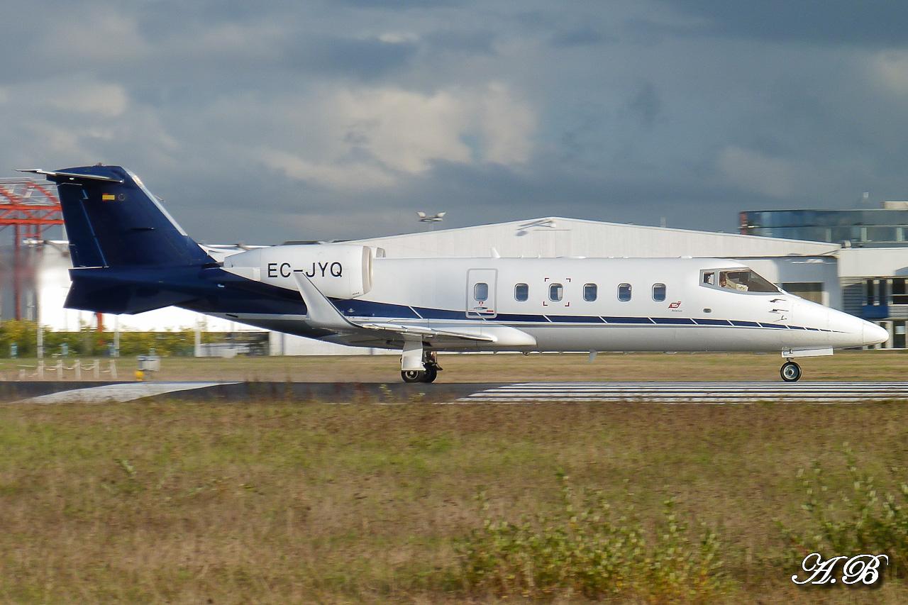 [BIZ JETS] L'Aviation d'Affaires de 2012... - Page 10 12111608275015701310559899