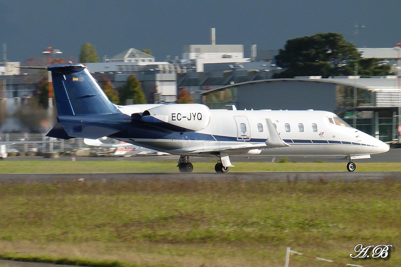 [BIZ JETS] L'Aviation d'Affaires de 2012... - Page 10 12111608275115701310559900