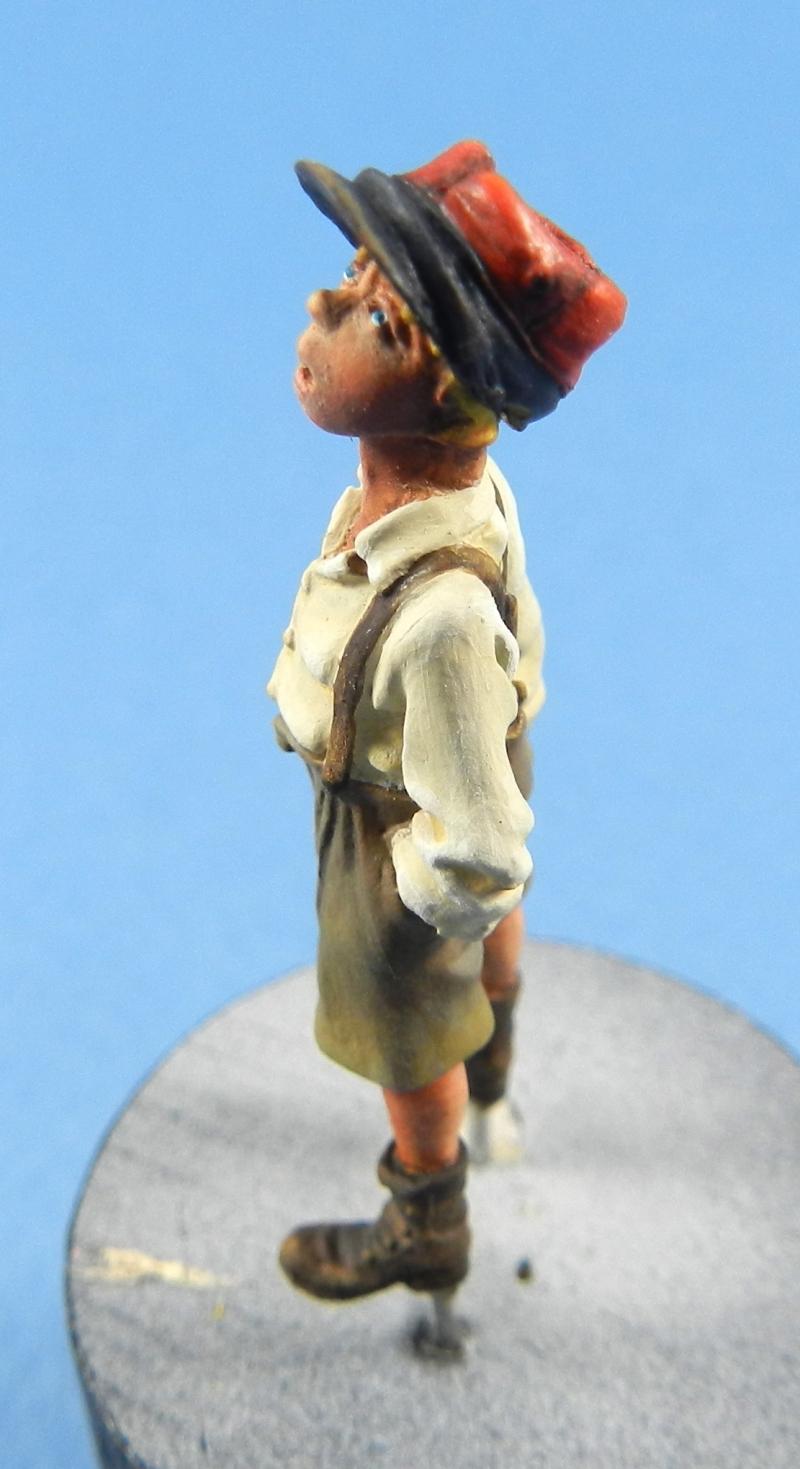 Petit garçon avec képi 1914 ( piou piou) FINI LE 29/11/2012 12112906165115063810608446