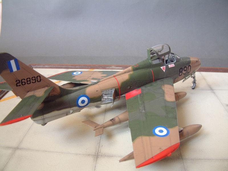 [Italeri] F-84F - 1/48e 1301260533394769010801075