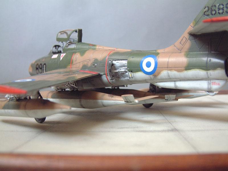 [Italeri] F-84F - 1/48e 1301260534444769010801090