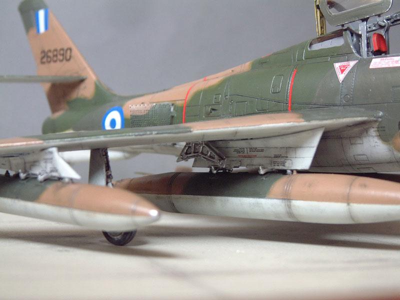[Italeri] F-84F - 1/48e 1301260535164769010801096