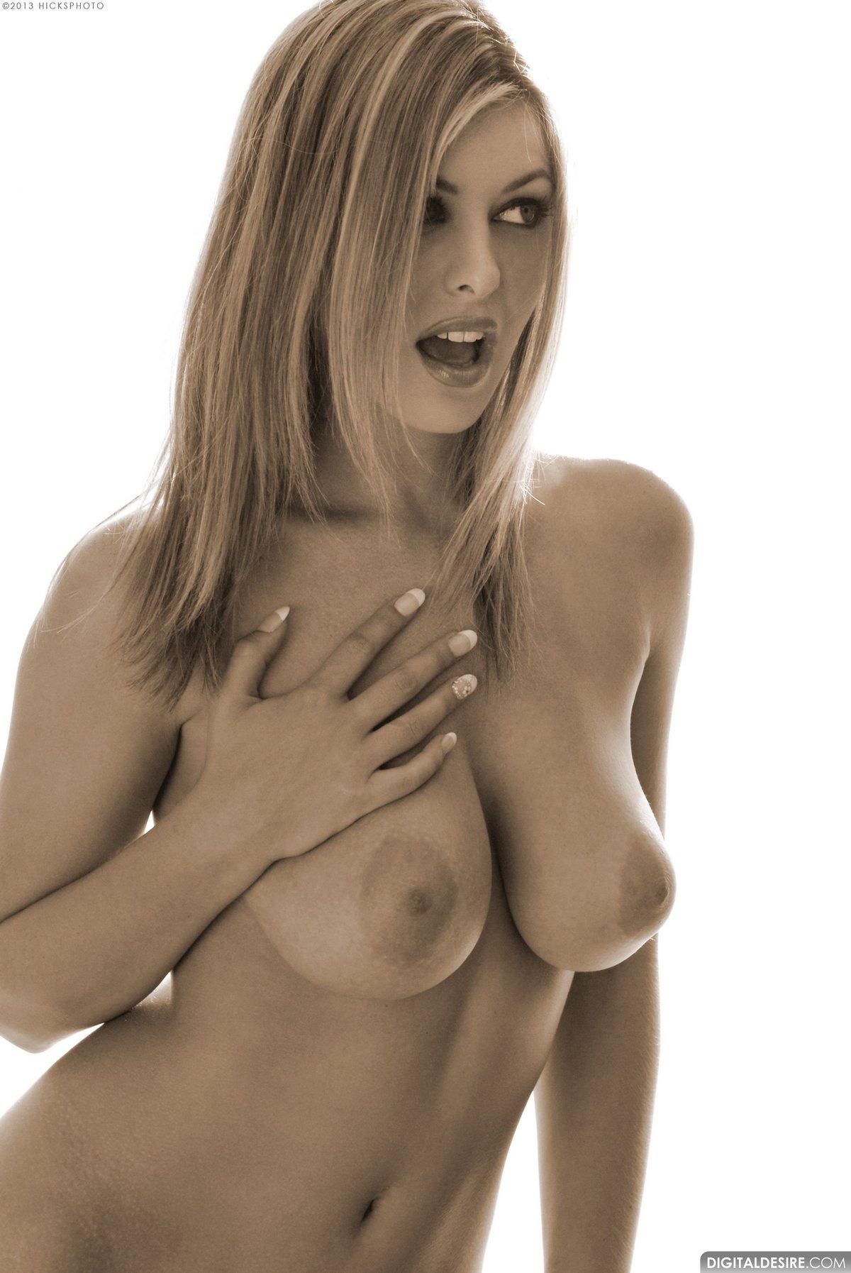 erotic sensual women harem melbourne