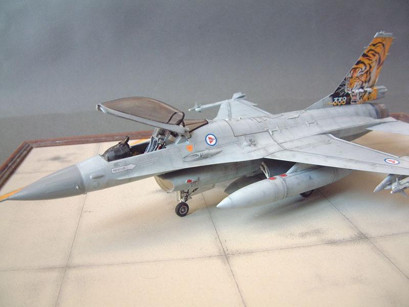 [Eduard] F-16 Nato Falcons - 1/48e - 1302190526234769010884181