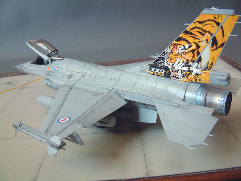 [Eduard] F-16 Nato Falcons - 1/48e - 1302190526434769010884185