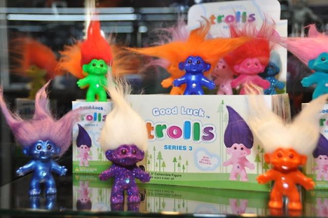 Nouveaux Good Luck Troll 2012-13, par Dark Horse Deluxe 13022402472416024910899966