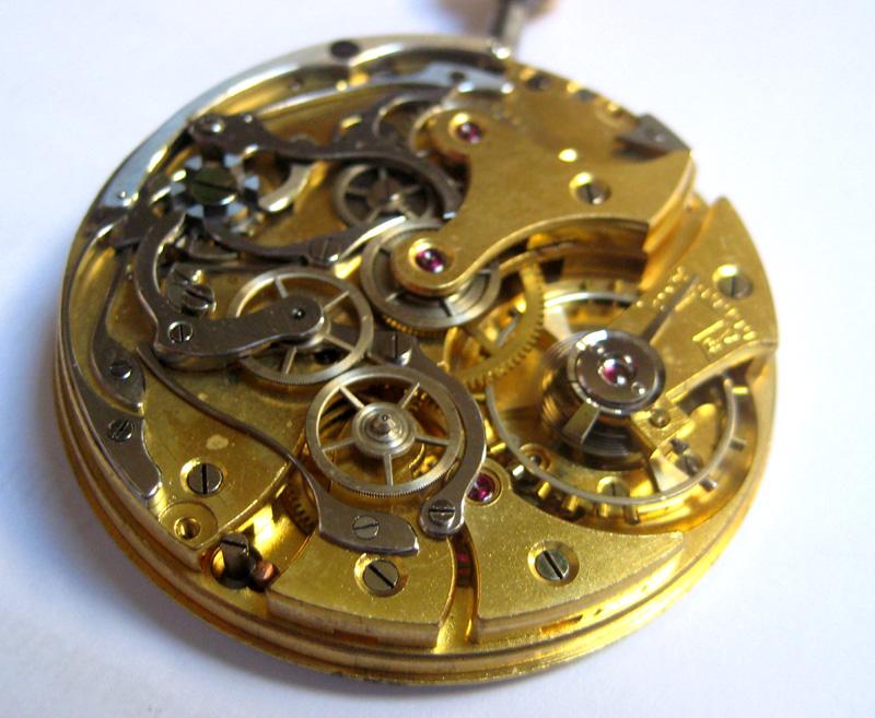 Un post qui référence les montres de brocante... tome II - Page 23 1303030551116519410925344