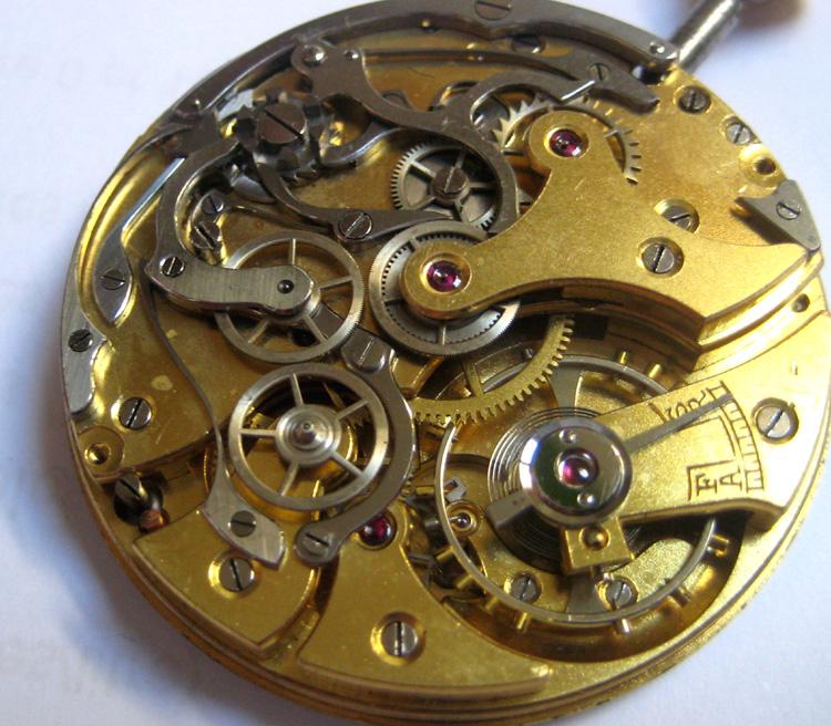 Un post qui référence les montres de brocante... tome II - Page 23 1303030551206519410925345