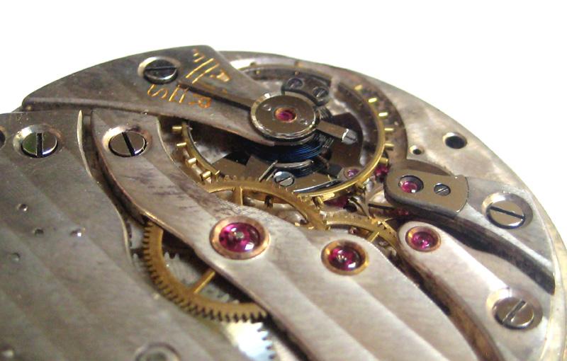 Un post qui référence les montres de brocante... tome II - Page 23 1303030551426519410925355