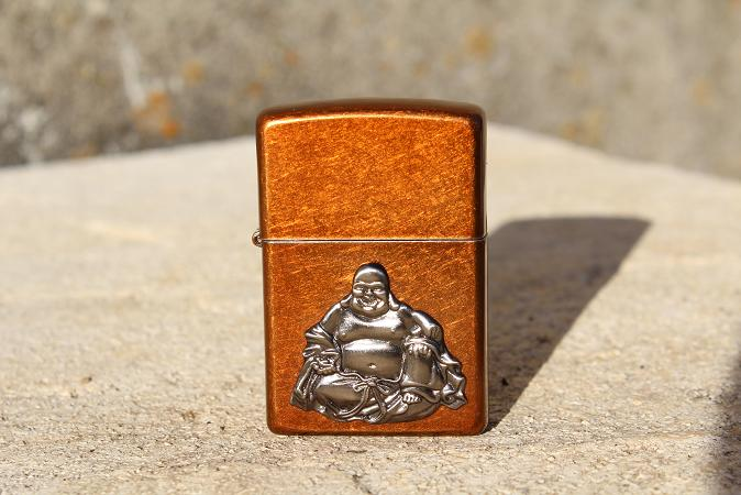 Mon premier Zippo : Le Buddha Emblem (en photos) 13031008291416157610954568