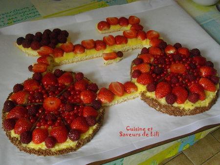 Transport d'un gâteau avec son B 1303180623243167010985806