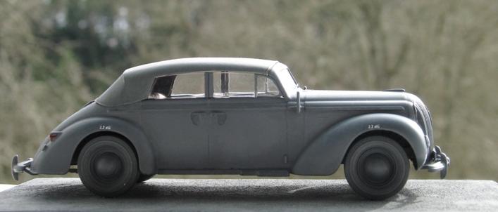 Opel admiral cabriolet Revell 1/35 1303210441166670110995933