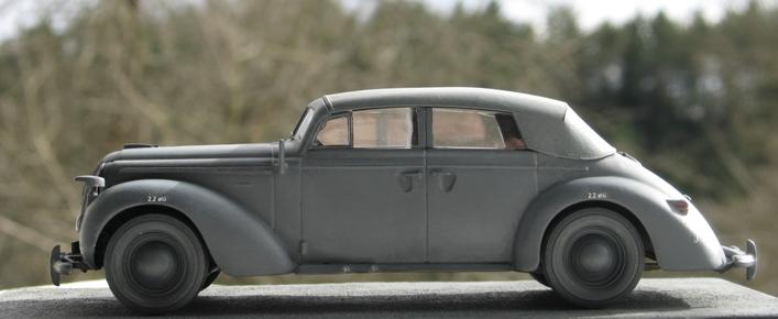 Opel admiral cabriolet Revell 1/35 1303210441556670110995940