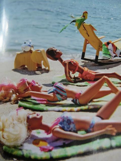 Barbies à la plage