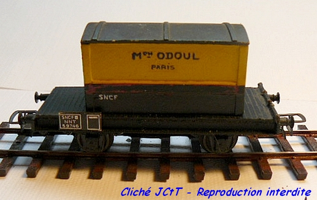 Wagons plats 2 ess maquette et semi maquette chargés par ordre alphabetique 1304080202438789711062147