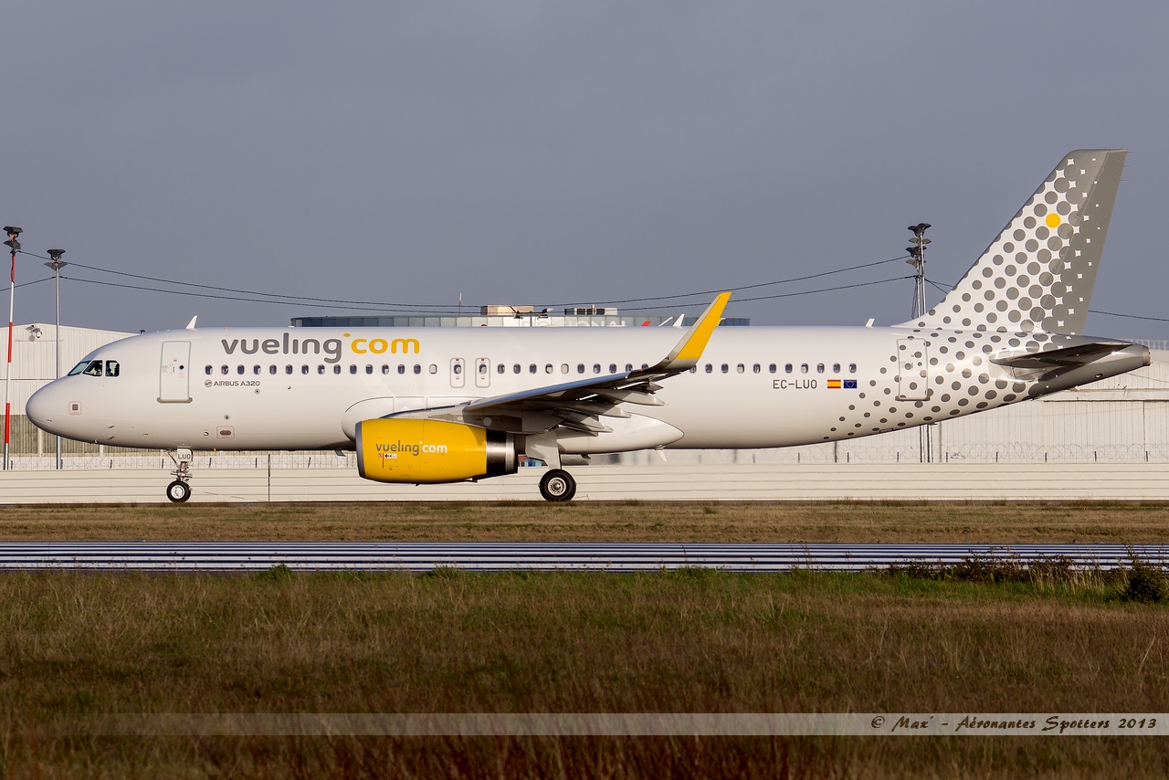 [09/04/2013] Airbus A320-232SL (EC-LUO) Vueling : Sharklets !!!!!!! 13041001015115922511068280
