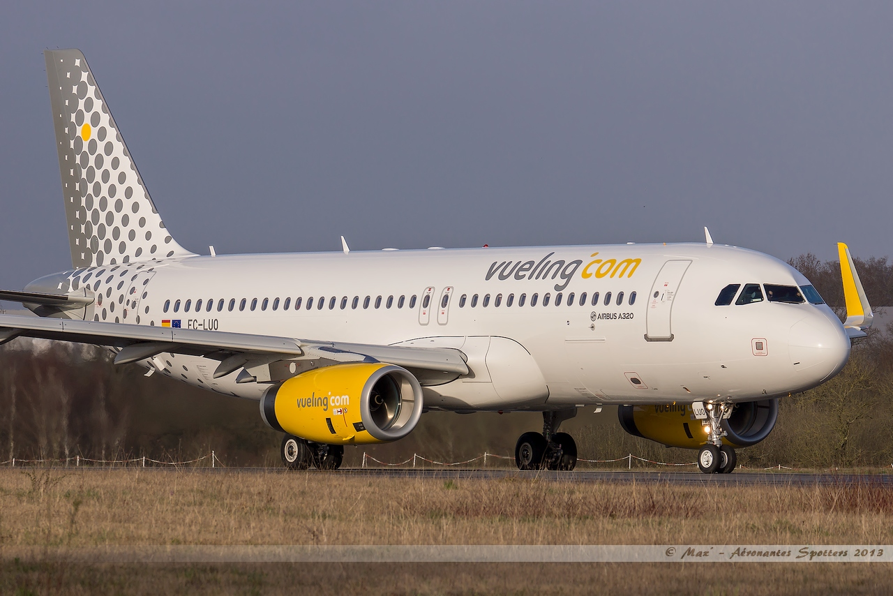 [09/04/2013] Airbus A320-232SL (EC-LUO) Vueling : Sharklets !!!!!!! 13041001015215922511068282