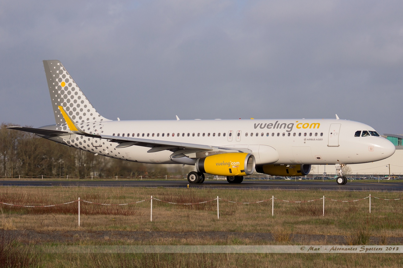 [09/04/2013] Airbus A320-232SL (EC-LUO) Vueling : Sharklets !!!!!!! 13041001015215922511068283