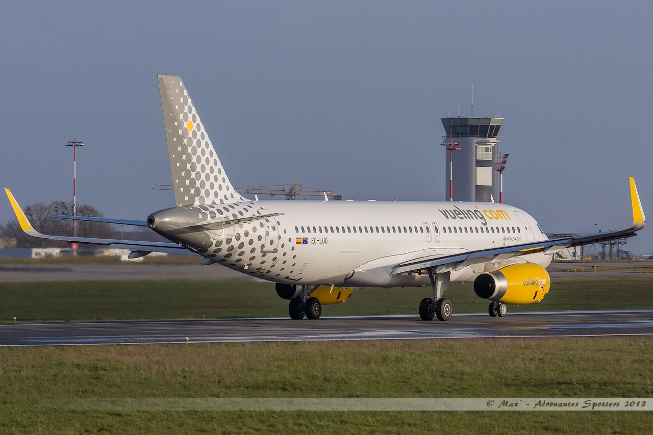[09/04/2013] Airbus A320-232SL (EC-LUO) Vueling : Sharklets !!!!!!! 13041001015215922511068285