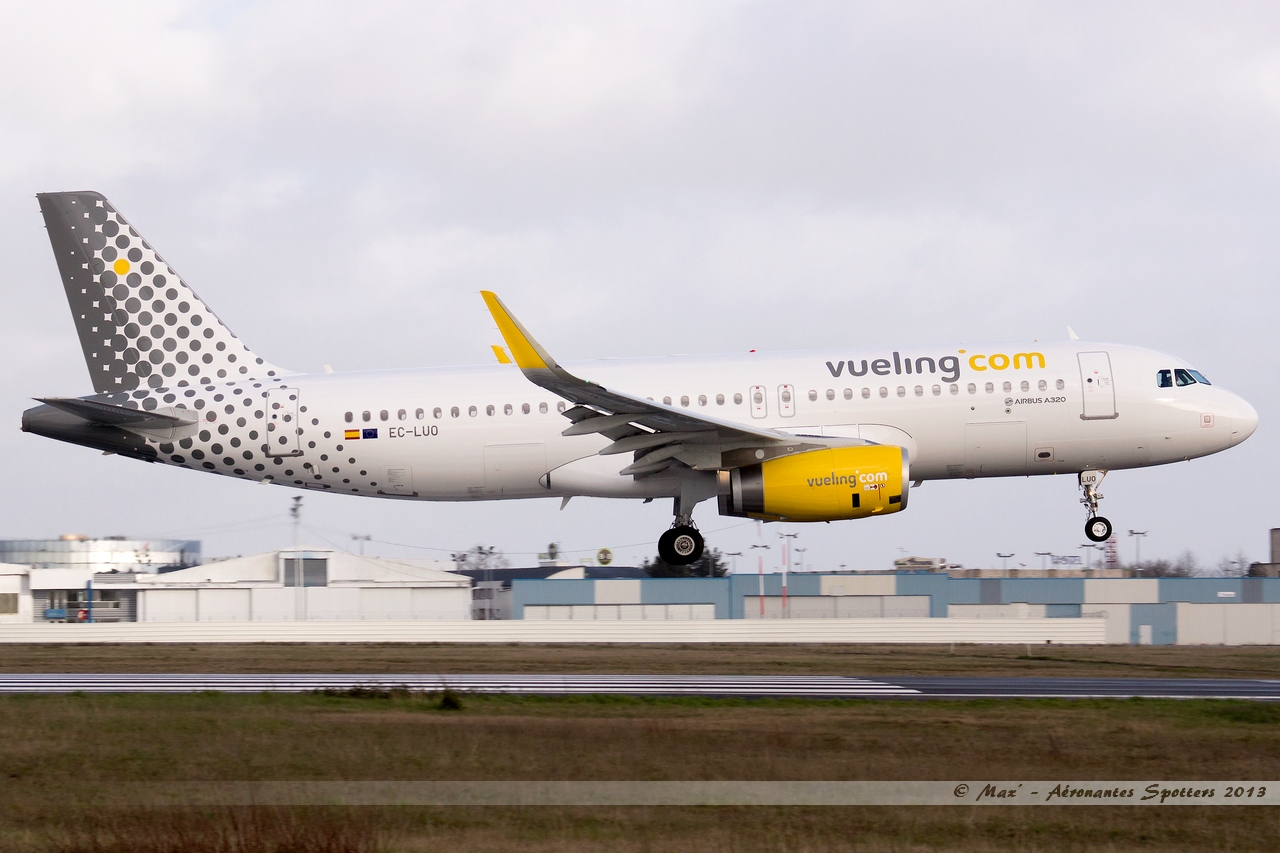 [09/04/2013] Airbus A320-232SL (EC-LUO) Vueling : Sharklets !!!!!!! 13041012583815922511068276