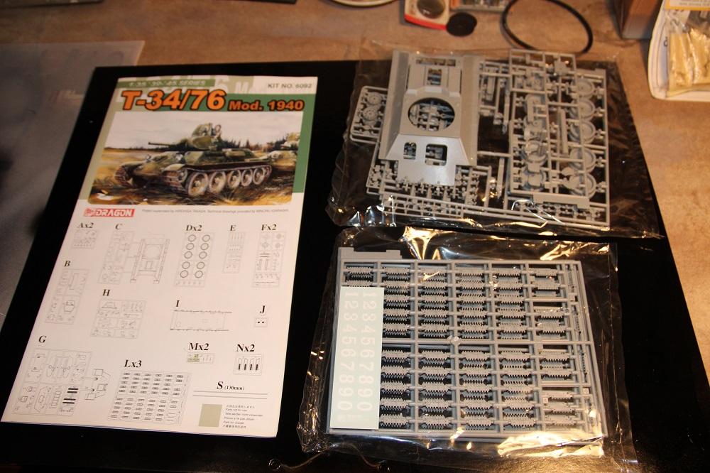 [1/35] T-34-76 Mod.1940 -Dragon 13041112532216276511072524