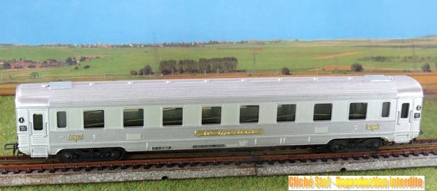 Les séries plastique (locomotive, automotrice voitures, wagons) 1304130303428789711080478