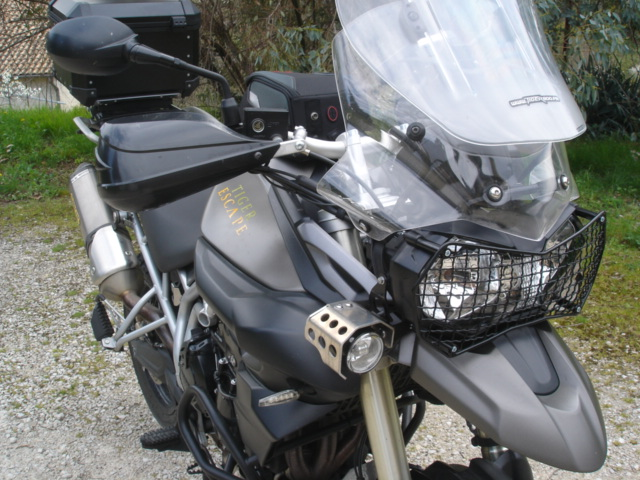 "triumph tiger 800 ""ESCAPE"" 13041505121311643911088863"