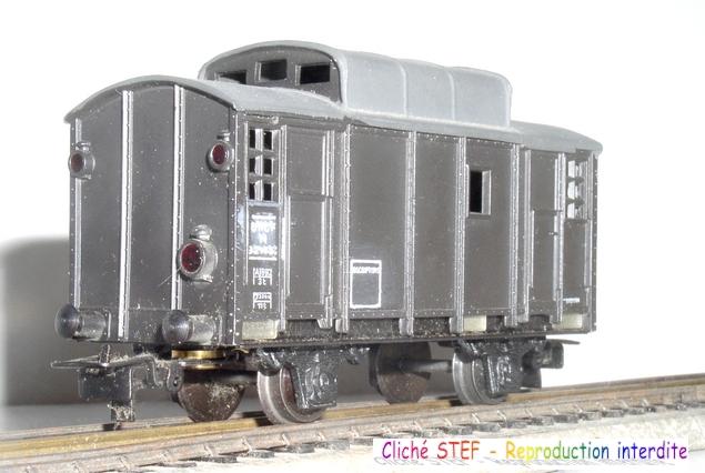 Les séries plastique (locomotive, automotrice voitures, wagons) 1304150958458789711087440