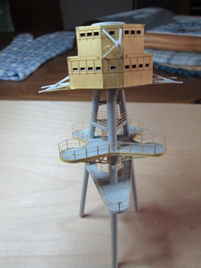 montage du USS ARIZONA AU 1/200 par Raphael - Page 2 1304170836394922011096432