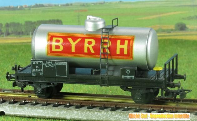 Camion publicitaire Byrrh Les Routiers/les Rouliers 1304200533278789711105330
