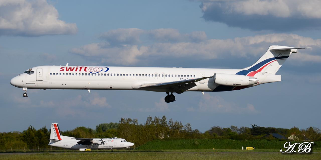 Spotting du 28/04/2013 : Charters dont B738 Corendon et A320 Orbest Portugal 13042810305216280011132164