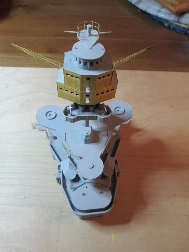 montage du USS ARIZONA AU 1/200 par Raphael - Page 3 1305010548074922011143083