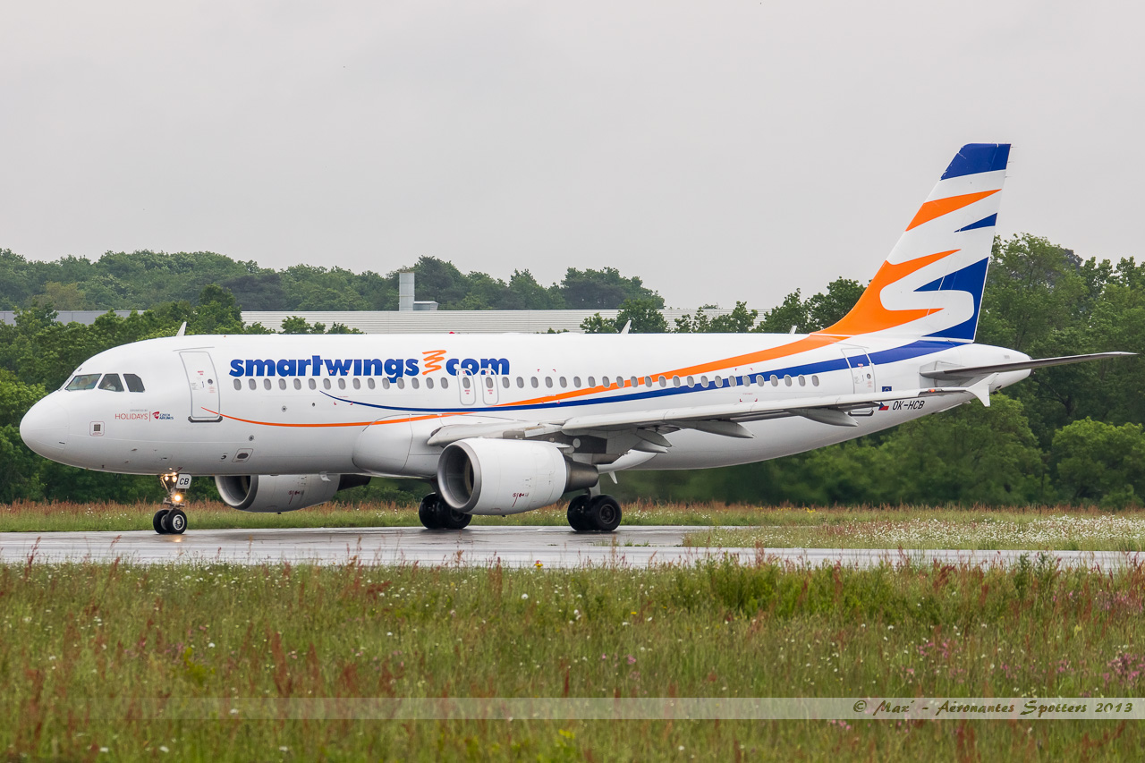 [20/05/2013] A320 (OK-HCB) Smart Wings 13052211312116280011217873