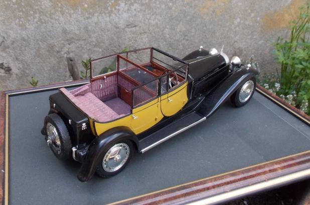des Bugattis mais Royales! 13060911542516079111274464