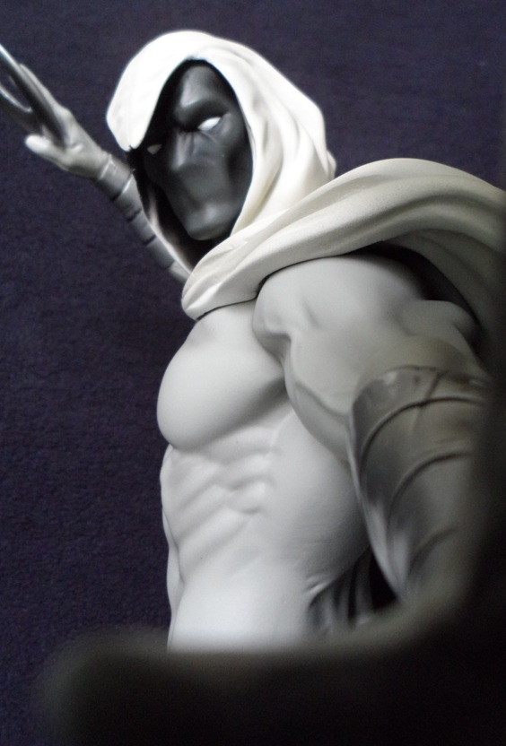 MOONKNIGHT MINI BUST GENTLE GIANT 130620040434732011310127