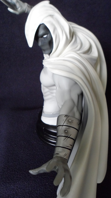 MOONKNIGHT MINI BUST GENTLE GIANT 130620040436732011310128