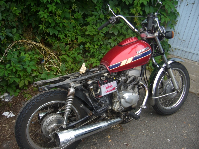 Honda 125 Twin 125 Cmt 82 Projet Atame