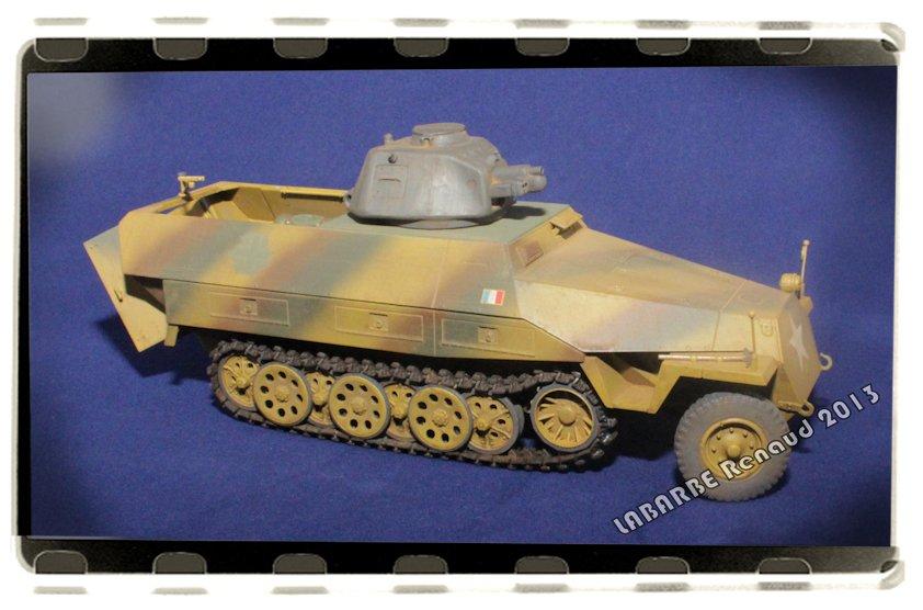 Sd. Kfz.251 avec tourelle APX 13072508423814106611411416
