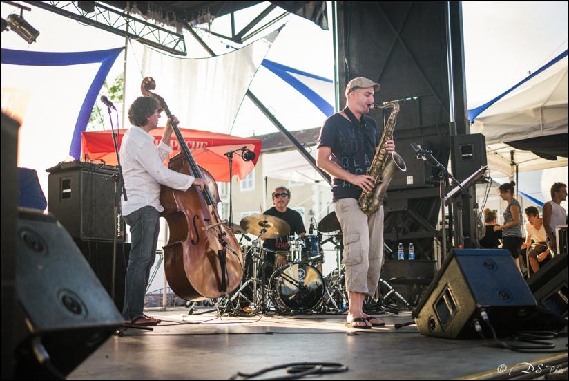 Jazz in Marciac : Ambiances. [+ Ajouts] 13081512573810300811465407