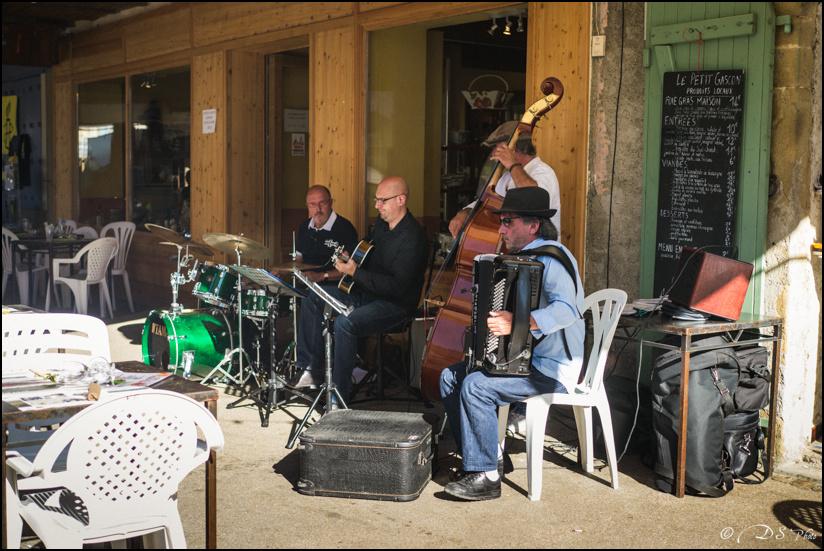 Jazz in Marciac : Ambiances. [+ Ajouts] 13081512594310300811465416