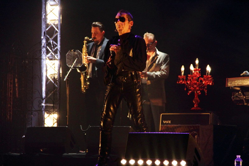 "DICK RIVERS ""Mister D Tour"" 2011/2013 : compte rendu (Casino de Paris, Olympia, Noisy, Clamart) 13082303193815789311487593"